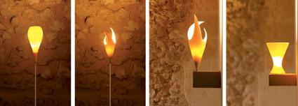 Vier verschiedene edle Lampen aus Porzellan.