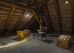 Unter dem Dach kann durch einen fachgerechten Ausbau viel Wohnfläche hinzugewonnen werden.