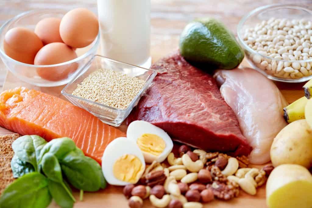 Fleisch, Fisch und Milchprodukte am besten kühl und dunkel lagern.