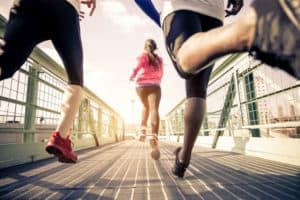 Sport ist ein Vorsatz, der sich mit Freunden besser umsetzen lässt.