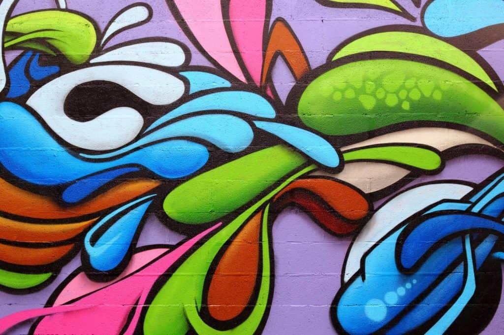 buntes Graffiti (langweilige Wände)