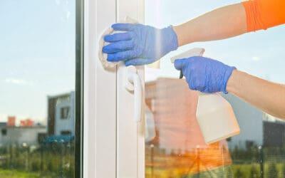 Kunststofffenster reinigen wie ein Profi!